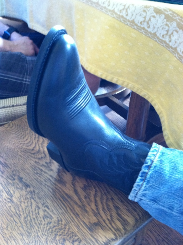 The Epiphany Kid's cowboy boots - tangledpasta.net