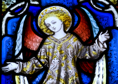 Stained glass angel church window - tangledpasta.net