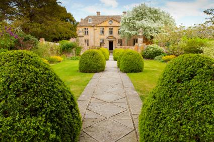 English manor house, perhaps like Emma's Hartfield - tangledpasta.net