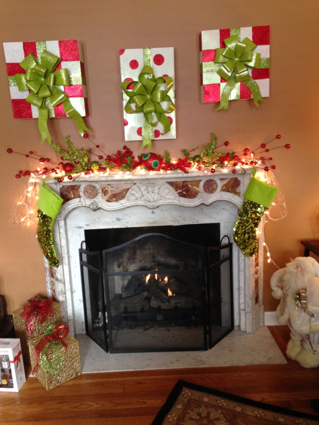 Cousin Chrissy's Christmas mantle decor - tangledpasta.net