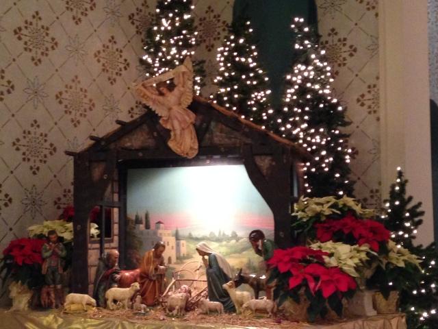 Saint Monica Church Nativity on Christmas Morning - tangledpasta.net