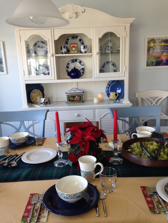 Ann and Jim laid a beautiful table for our day after Christmas dinner - tangledpasta.net