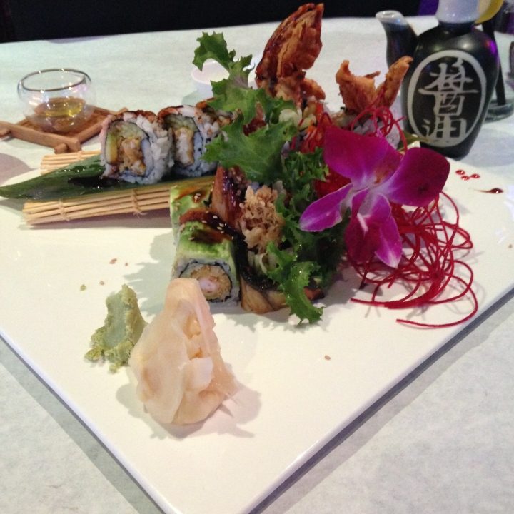 A tantalizing presentation offered us of Spider and Dragon sushi rolls at Woochie's.-tangledpasta.net